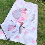 Toalla de verano con diseño marinera rosa infantil