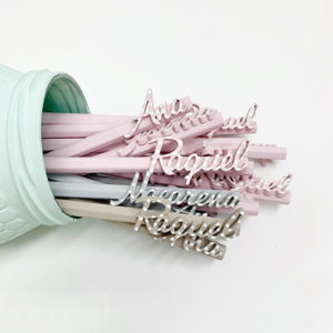Lápices pintados a mano con nombre personalizado y pintado a mano Menta, Gris o Rosa